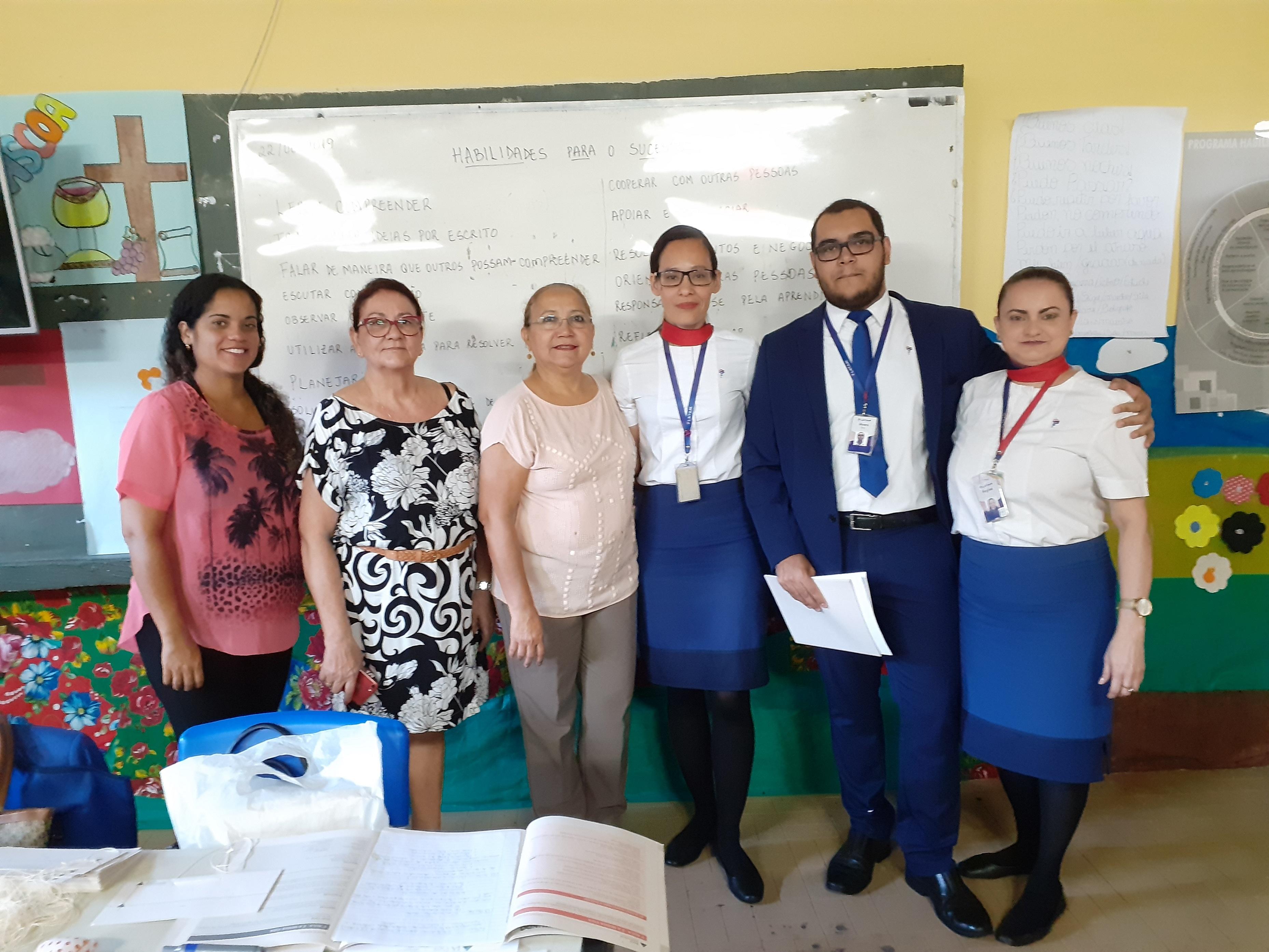 Voluntários da LATAM na aplicação do HPS