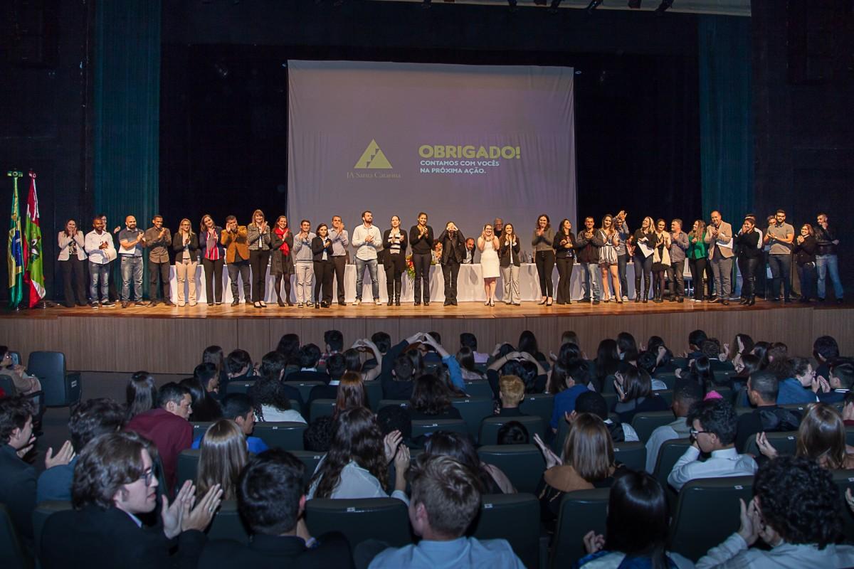 Junior Achievement SC pretende beneficiar 65 mil alunos no ano de 2020